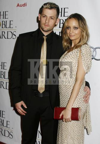 Joel Madden, Nicole Richie - Beverly Hills - 18-10-2009 - Nicole Richie ricoverata per polmonite