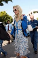 Paris Hilton - Los Angeles - 09-01-2009 - Blue China Print: siamo tutte bambole di porcellana!