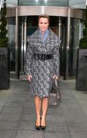 Amanda Holden - Cardiff - 26-01-2010 - Basta tinta unita! Colora l'inverno con un cappotto fantasia!