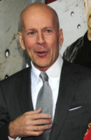 Bruce Willis - New York - 22-02-2010 - Bruce Willis e M. Night Shyamalan vogliono girare Unbreakable 2