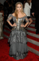 Mary-Kate Olsen - New York - 04-05-2009 - Mary-Kate Olsen preferisce il mondo della moda a quello dello spettacolo