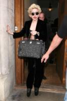 Lady Gaga - Londra - 30-05-2010 - Birkin Bag di Hermes, da 30 anni la borsa delle star