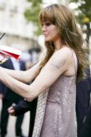Angelina Jolie - Londra - 16-08-2010 - Altro che perfezione! Quanti difetti fisici tra le celebrity…