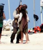 Johnny Depp, Penelope Cruz - Caraibi - 09-09-2010 - Pirati dei Caraibi 5: ecco la prima foto sul set