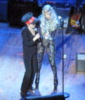 Lady Gaga, Yoko Ono - Los Angeles - 02-10-2010 - Yoko Ono confessa la sua passione per Lady Gaga