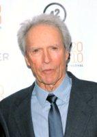 Clint Eastwood - New York - 31-12-2000 - Beyonce sara' diretta da Clint Eastwood in A star is born