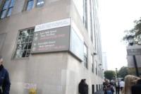 Charlie Sheen - New York - 27-10-2010 - Charlie Sheen recidivo: sbornia in albergo con una donna e ricovero in ospedale