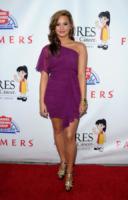 Demi Lovato - Hollywood - 23-09-2010 - Demi Lovato passera' il Ringraziamento in clinica con la famiglia