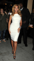 Beyonce Knowles - New York - 23-11-2010 - Beyonce sara' diretta da Clint Eastwood in A star is born