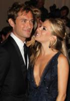 Sienna Miller, Jude Law - New York - 10-02-2011 - L'amore dà sempre una seconda possibilità