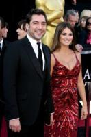 Javier Bardem, Penelope Cruz - Los Angeles - 27-02-2011 - Penelope Cruz sceglie L'Wren Scott per mettere in mostra il fisico dopo la gravidanza
