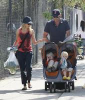 Liev Schreiber, Naomi Watts - Los Angeles - 13-03-2011 - Charlene avrà due gemelli: quante star come lei!