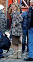 Sandra Bullock - New York - 19-03-2011 - Basta tinta unita! Colora l'inverno con un cappotto fantasia!