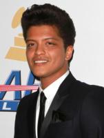 Bruno Mars - 12-02-2011 - In manette l'uomo che arrestò Paris Hilton e Bruno Mars per droga
