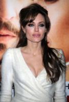 Angelina Jolie - New York - 03-04-2011 - Angelina Jolie è la nuova testimonial di Louis Vuitton