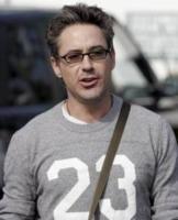 Robert Downey Jr - Malibu - 15-05-2006 - Robert Downey Jr interpreterà Hugh Hefner