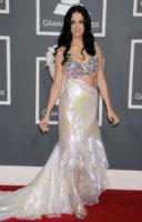 Katy Perry - Los Angeles - 13-02-2011 - Rosie Huntington-Whiteley è la donna piu' sexy al mondo per la rivista FHM