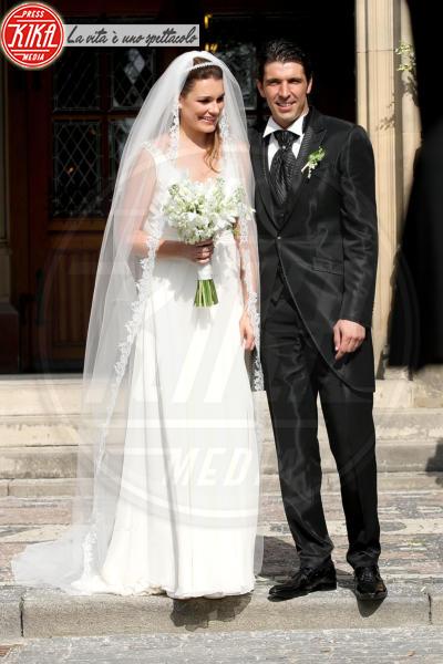 Gianluigi Buffon, Alena Seredova - Praga - 16-06-2011 - Michelle Hunziker e le altre spose: quale preferite?