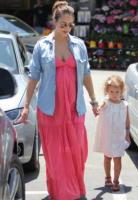 Honor Warren, Jessica Alba - Beverly Hills - Maxi dress: tutta la comodità dell'estate