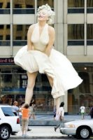 Statua Marilyn Monroe - Chicago - 18-07-2011 - Tutti i personaggi che si sono meritati una statua