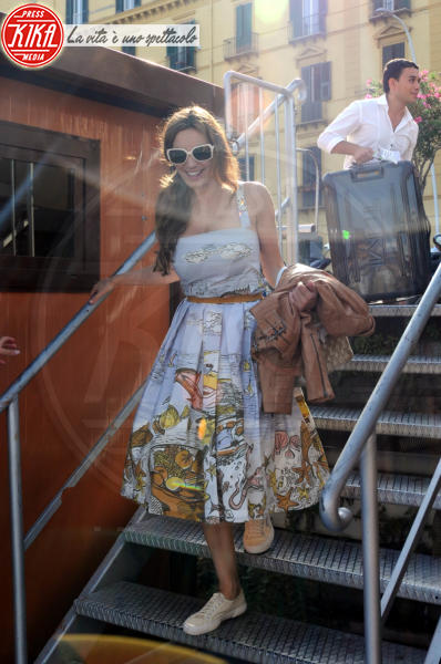 Kelly Brook - Ischia - 14-07-2011 - Estate 2019: i vip turisti abituali in Italia