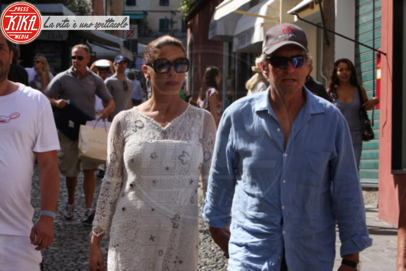 Catherine Zeta Jones, Michael Douglas - Portofino - 22-07-2011 - Estate 2019: i vip turisti abituali in Italia