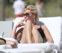 Katherine Heigl - Miami - 19-03-2011 - Adios tabacco, le star preferiscono il vapore acqueo