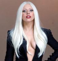 Lady Gaga - Los Angeles - 08-08-2011 - Lady Gaga, non sembri più la stessa!