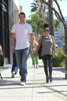 Kris Humphries, Kim Kardashian - Los Angeles - 23-10-2011 - Kim Kardashian torna prima dal viaggio di lavoro in Australia