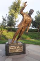 Statua Ronal Reagan - Newport Beach - 06-11-2011 - Tutti i personaggi che si sono meritati una statua