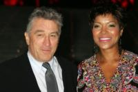 Grace Hightower, Robert De Niro - New York - 26-12-2011 - Robert De Niro sei volte papa' a 68 anni