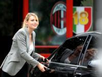 Barbara Berlusconi - Carnago - 12-07-2011 - I colpi di testa di Barbara Berlusconi