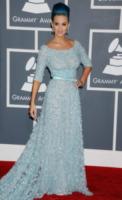 Katy Perry - Los Angeles - 12-02-2012 - Ispirazione Cenerentola sul tappeto rosso