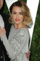 Miley Cyrus - West Hollywood - 26-02-2012 - Jovanotti cambia look nel nuovo video. E prima di lui?