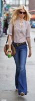 Claudia Schiffer, Matthew Vaughn - Londra - 02-05-2011 - Corsi e ricorsi fashion: dagli anni '70 ecco i pantaloni a zampa