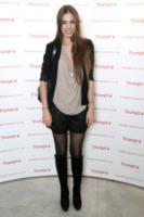 Amber Le Bon - 31-03-2011 - Jennifer Lopez e le altre, sexy in shorts in barba al freddo
