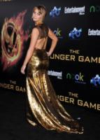 Jennifer Lawrence - Los Angeles - 12-03-2012 - Grazie a Dior, Jennifer Lawrence è una regina sul red carpet!