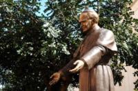 Statua Giovanni Paolo II - Sorrento - 15-03-2012 - Tutti i personaggi che si sono meritati una statua