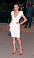 Irina Shayk - New York - 21-03-2012 - Chic e raffinato, ecco l'abito a tulipano