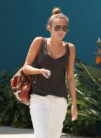 Miley Cyrus - Los Angeles - 28-03-2012 - Gli occhiali sono lo specchio dell'anima delle star