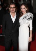 Angelina Jolie, Brad Pitt - Parigi - 17-02-2012 - Brad Pitt-Angelina Jolie: pronto il contratto prematrimoniale