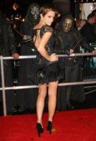Emma Watson - Londra - 12-11-2010 - Miley e le altre: da Disney a Lolita