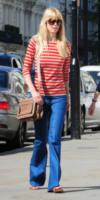 Claudia Schiffer - 16-06-2009 - In primavera ed estate, vesti(v)amo alla marinara