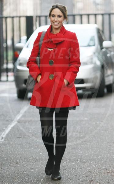 Alex Jones - 14-12-2011 - Corto e colorato: ecco il cappotto di primavera