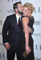 Josh Kelley, Katherine Heigl - Beverly Hills - 18-10-2011 - Katherine Heigl incinta per la prima volta... dopo due figlie!