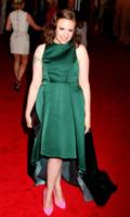 Lena Dunham - New York - 07-05-2012 - Lena Dunham, un passo avanti e uno indietro sul red carpet