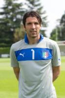 Gianluigi Buffon - Coverciano - 30-05-2012 - Mondiali di Calcio 2014: ecco la Nazionale… delle Wags!