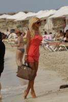 Victoria Silvstedt - Formentera - 09-06-2012 - Birkin Bag di Hermes, da 30 anni la borsa delle star