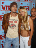 Anna Kournikova, Enrique Iglesias - New York - 18-04-2004 - Enrique Iglesias e Anna Kournikova ancora genitori!