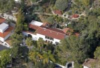 Casa Robert Pattinson - Los Angeles - 19-02-2012 - Kristen Stewart:
